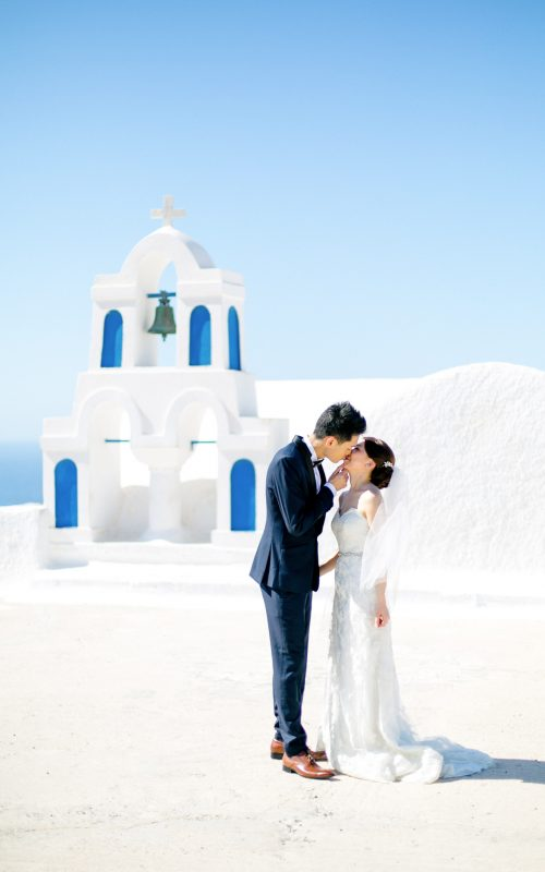 wedding day in Oia, Santorini, Greece